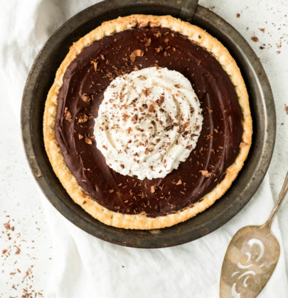 Rich Chocolate Cream Pie (Vegan)